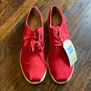 Tom's Red Paseos Size 13